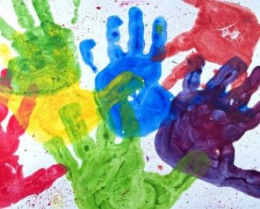 → Agora é Lei! Teatro, Dança, Música e Artes Visuais no Currículo Escolar!