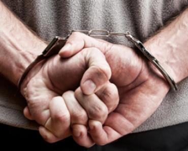 Artista detido durante performance: Governador pede desculpas!