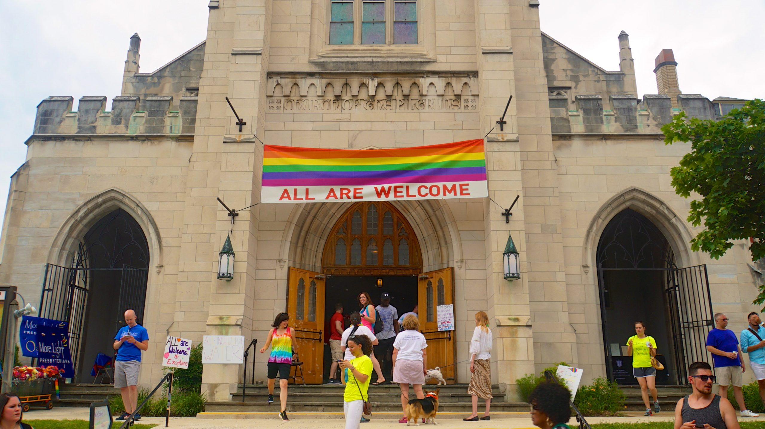 Papa Francisco diz que as crianças LGBT devem ser 'amadas do jeito que são'