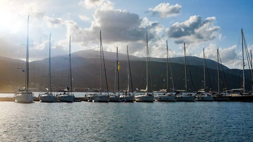 Britânico é encontrado morto amarrado a seu barco naufragado na Grécia